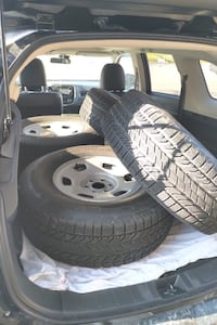Excellent condition - Winter tires 265-70-16 Oshawa, L1K 2C5