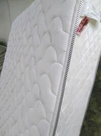 BUY 1 QUEEN MATTRESS GET 1 FREE Las Vegas, 89103