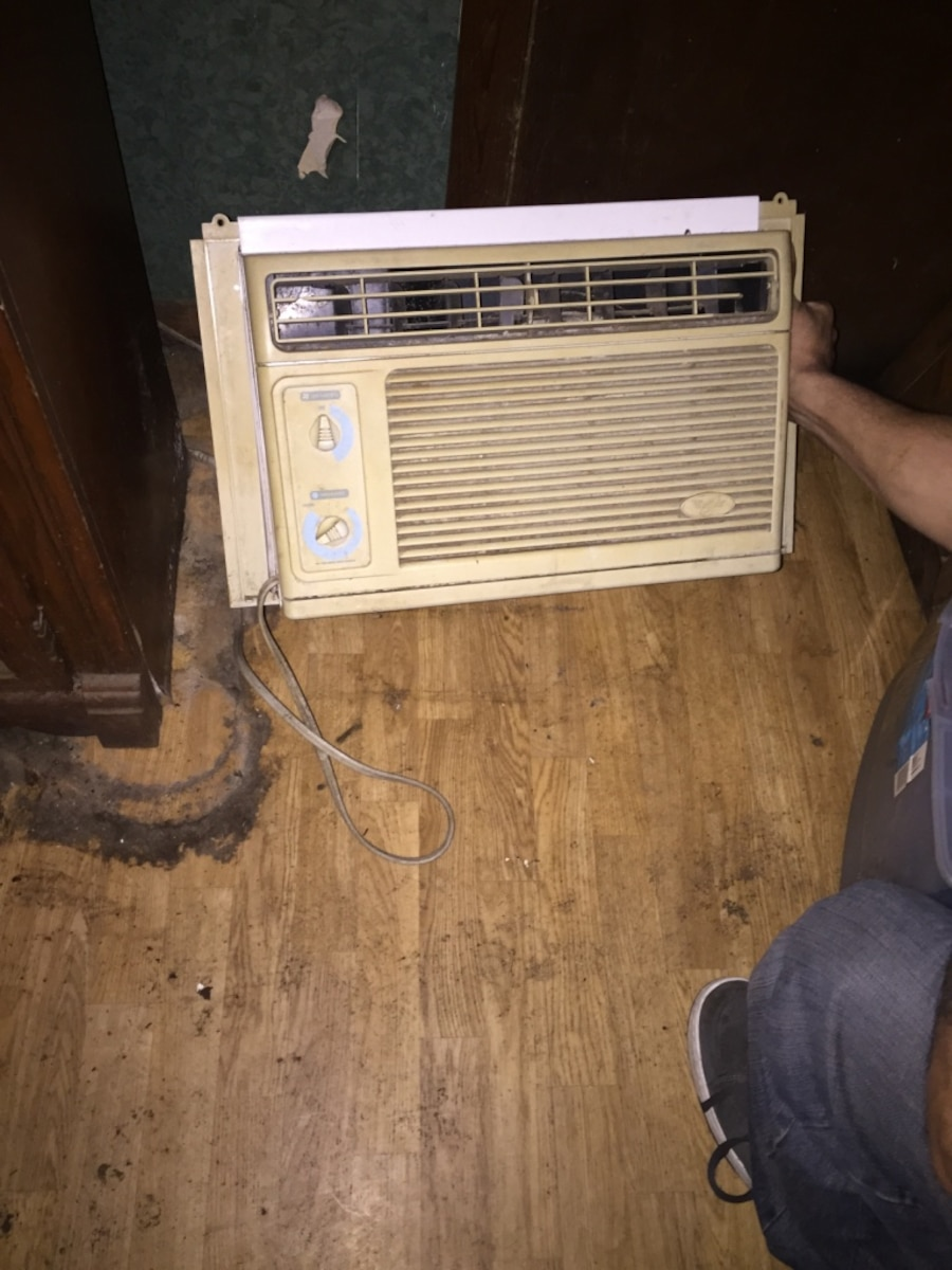 Used house hold items in terre haute for 1800 btu window air conditioner