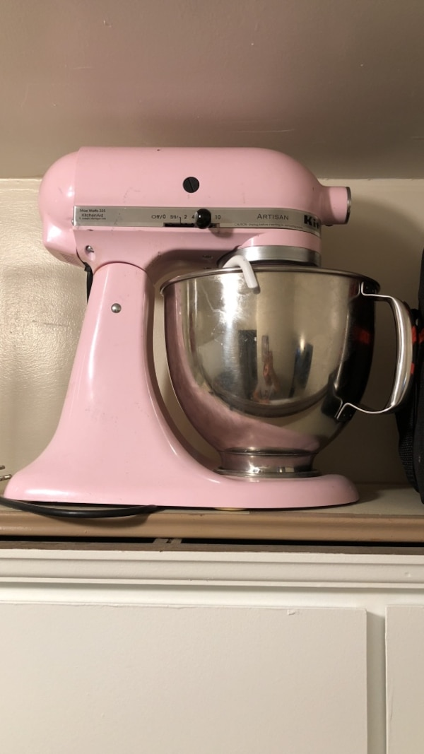 Pink kitchenaid stand mixer 8 quarts - good condition