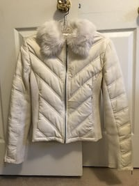 G By GUESS - Down Filled Jacket - Size Small Toronto