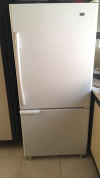 white top-mount refrigerator Châteauguay, J6K 3T7