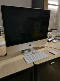 "Apple iMac ""Core 2 Duo"" 2.4 24 inch  Toronto, M6R 2J5"