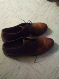 pair of brown leather dress shoes Belton, 76513