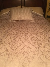 Queen Duvet Cover and Sham Orlando