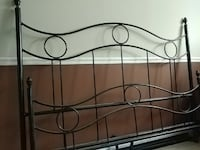Wrought iron bed Brantford, N3T 1B6