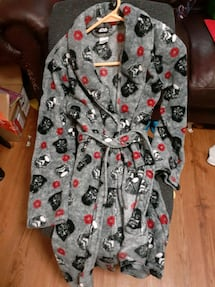 Boys star wars size large robe