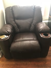 black leather recliner sofa chair Takoma Park, 20912