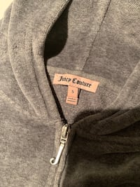 Juicy Couture Sweater Toronto, M4Y 1V2