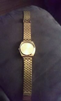 round gold analog nixon watch mens  Regina, S4S