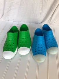 Native Unisex-kids Shoes,size 2.  Blue pair glow! Never worn outside.  Etna, 43062