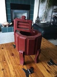 Wooden Planter. Like an old ringer washer. 16 inches at the tallest part and 9 inches wide.  Cochrane, T4C 1K6