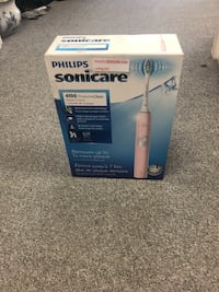 Brand new Philips sonicare 4100 toothbrush