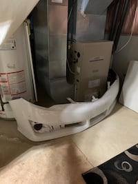 2012 Toyota Camry OEM Front Bumper Mississauga, L5L 3R2