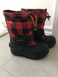 Columbia boot for kids size 11