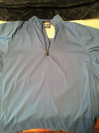 Short Sleeved Athletic Jacket Brampton, L7A 1B2