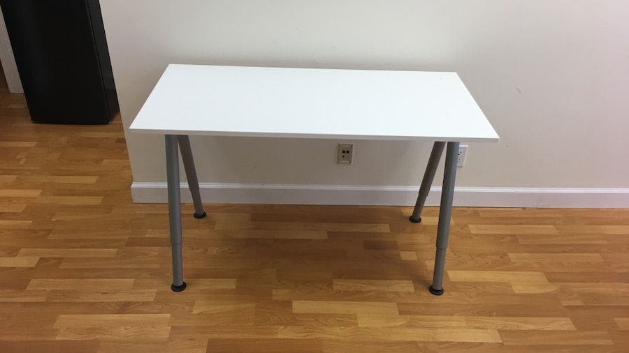 Used white table desk adjustable height new ikea for Ikea ft lauderdale