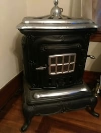 Antique parlor wood stove Johnstown, 15902