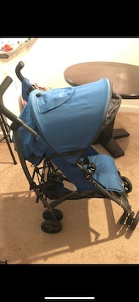 black and blue stroller by Zobo