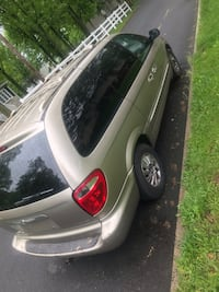Chrysler Town and Country 2002 Somerset, 08873