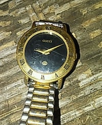 Gold gucci watch  Beechgrove, 37018
