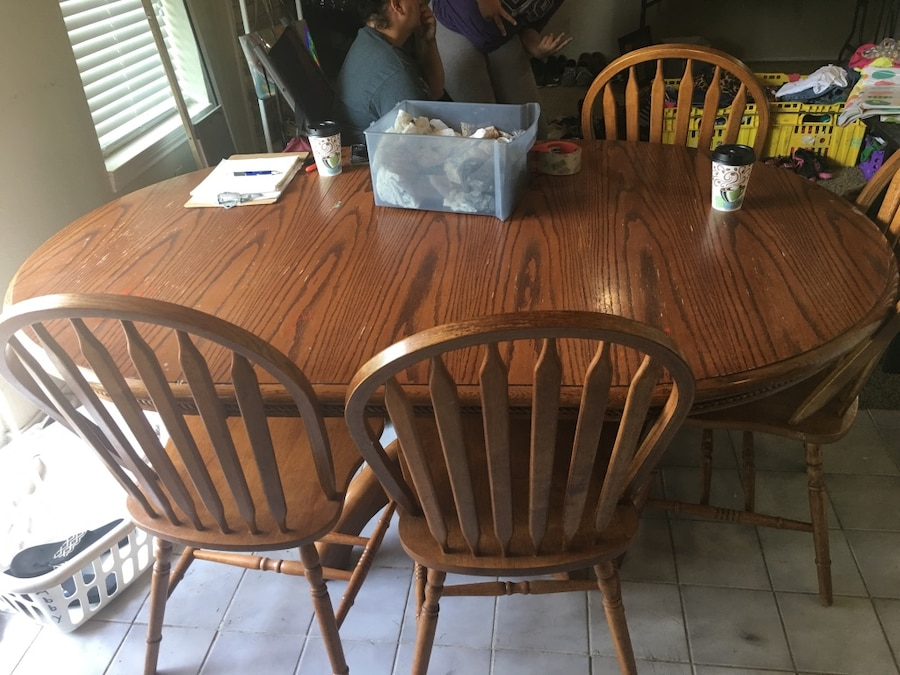 Brown wooden dining table set & Used Brown wooden dining table set for sale in Heath - letgo