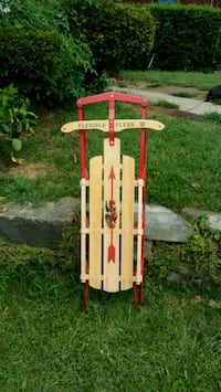 Wooden Sled with Metal Runners Flexible Flyer