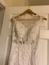 Wedding dress Naperville, 60563