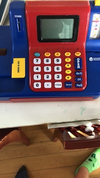 playing cash register, comes with money Somerville, 02155