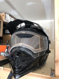 Helmet   For sale Whitby, L1P 1V8