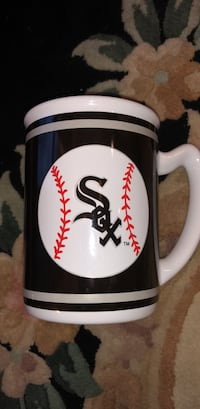 WhiteSox ceramic mug/Scarf Lemont, 60439