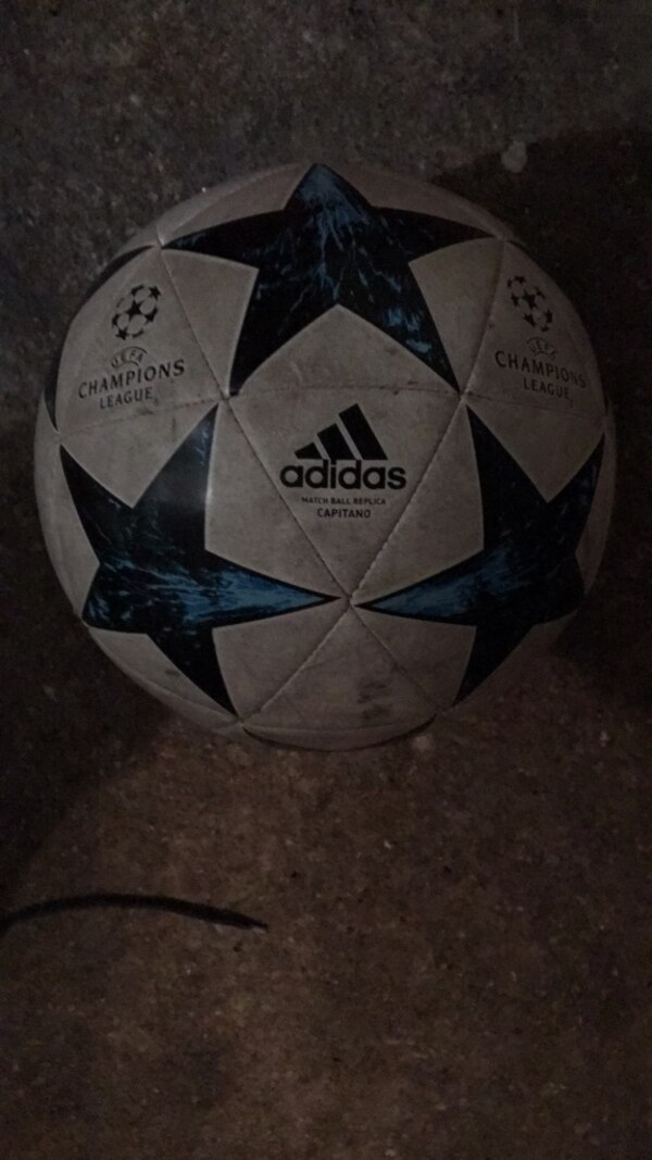 Ballon ligue des champions 2017