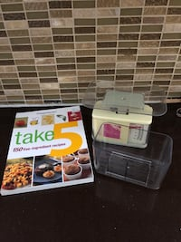 Weight watchers scale and cookbook Laval, H7X