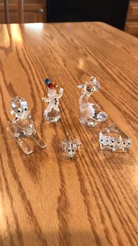 Set of 5 Crystal Figurines Manchester, 03104