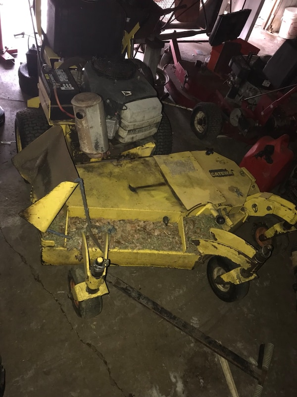 Used 52 Folding Deck Great Dane Gateway Plus 4 Mowers For Parts