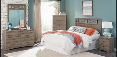 Gray Salt Oak Finish Queen Bedroom Set