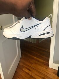 Nike air monarch   Only worn  three times size 11 Baltimore, 21222