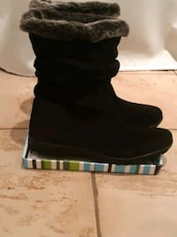 Boots NEW Bottes NEUF sz 9 Montreal, H8N 2J1