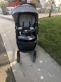 Graco Modes Stroller with Bonus (USA) car seat (no base). Has several configurations, and car seat clicks in. Car seat never used   Brampton, L6S 3R5