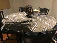 Dining set with 5 chairs  Brampton, L6V 4S3