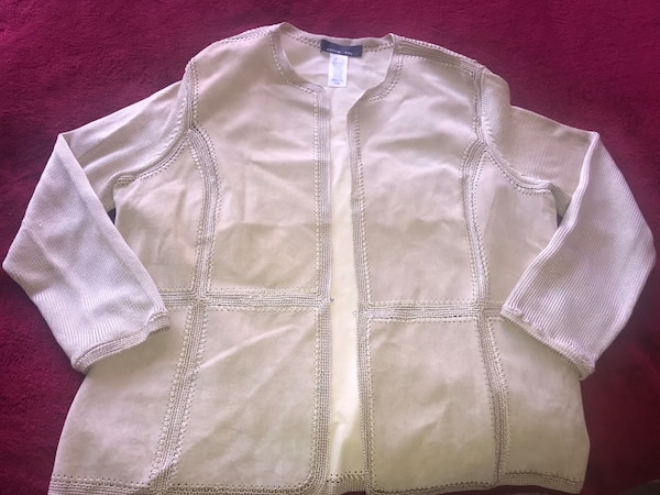 women's white and pink zip-up jacket