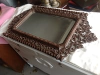 MIRROR VERY ORNATE HARD PLASTIC FRAME ,EASY TO HANG,LIKE NEW Downers Grove, 60516