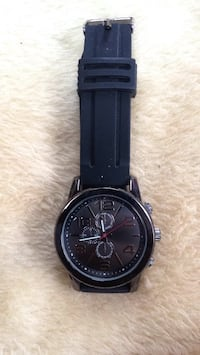 round black chronograph watch with black leather strap Oroville, 95966