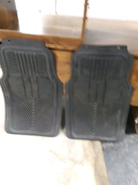 4 rubber floor mats front 30x18 back 17x14  used pick-up only Warren M