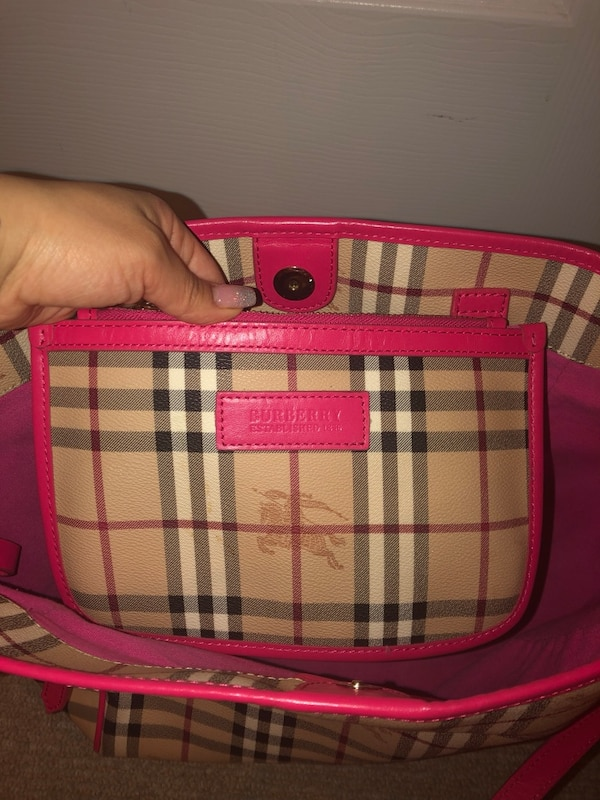 1:1 Burberry bag 022cd675-8c00-4873-a2bd-957c61bebecd
