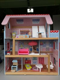 KidKraft doll house with furniture Duvall, 98019