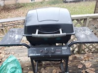 black and gray gas grill St. Catharines, L2S 3Z3