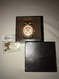 Micheal Kors Rose Gold Watch 879 mi