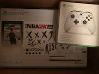 Xbox One S 1Tb NBA 2K19 Bundle + Extra Xbox White Wireless Controller ALEXANDRIA