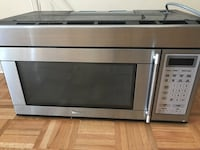 Stainless steel and black microwave oven Vaughan, L6A 3K2